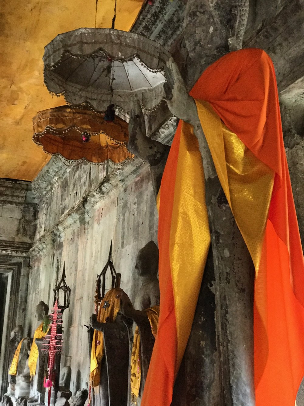 Buddhas for worship in Angkor Wat