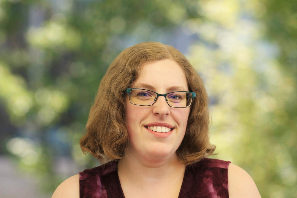 """Jen DeWolfe Move Coordinator """"I was introduced to Elder Care Transitions through my father.When I saw first hand what a difference ECT made in peoples lives, I wanted to join the team! My goal is to make sure those later years are as enjoyable as possible."""""""