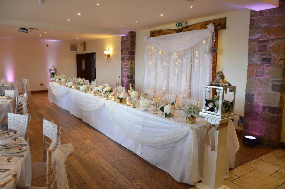 Top table drape