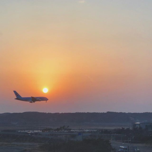 Sunset on a job well done at #pyeongchang2018 . . . #agencylife #agencypower #bts #behindthescenes #incheon #southkorea #olympics #client #adagency #travel #travelphotography #takeoff #airplane #airport #sunset