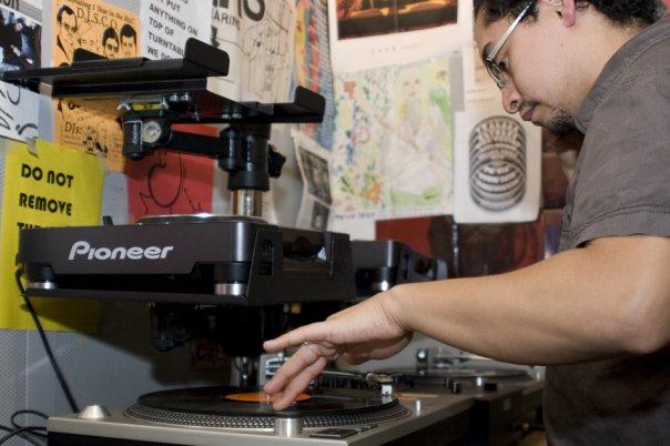 DJ Dex aka Nomadico