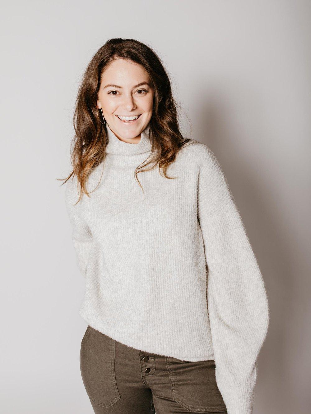 Zoe Kahn - Content Creator