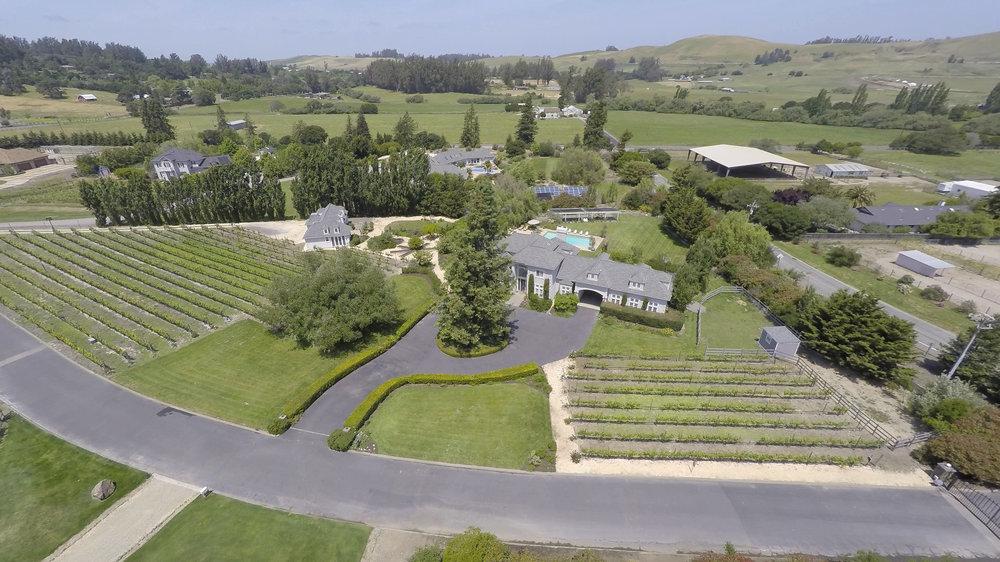 508-Brittany-Court-Petaluma-Aerials (2 of 9).jpg