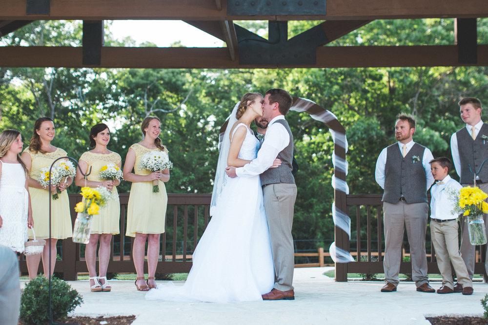 AEPhotography_LoganKaitlyn_Wedding-0979.jpg