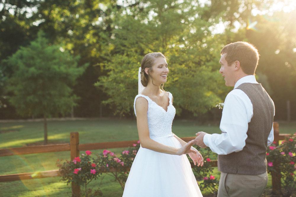 AEPhotography_LoganKaitlyn_Wedding-1073.jpg