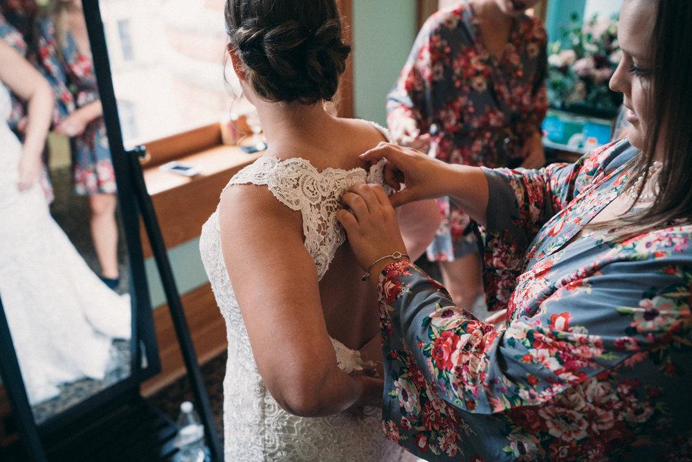 AEPHOTO_Sam+Gabrielle_Married-9.jpg