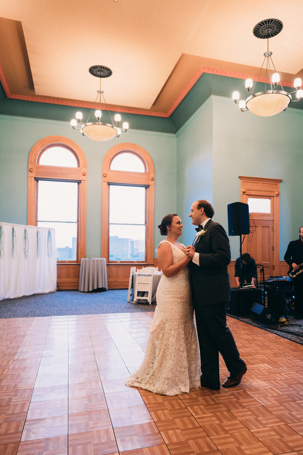 AEPHOTO_Sam+Gabrielle_Married-29.jpg