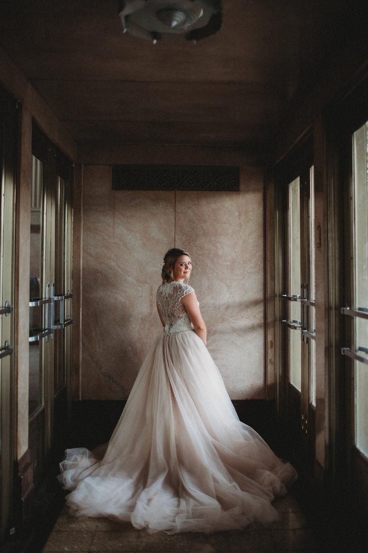 AEPHOTO_T&Pbridals_Jenna-8601.jpg