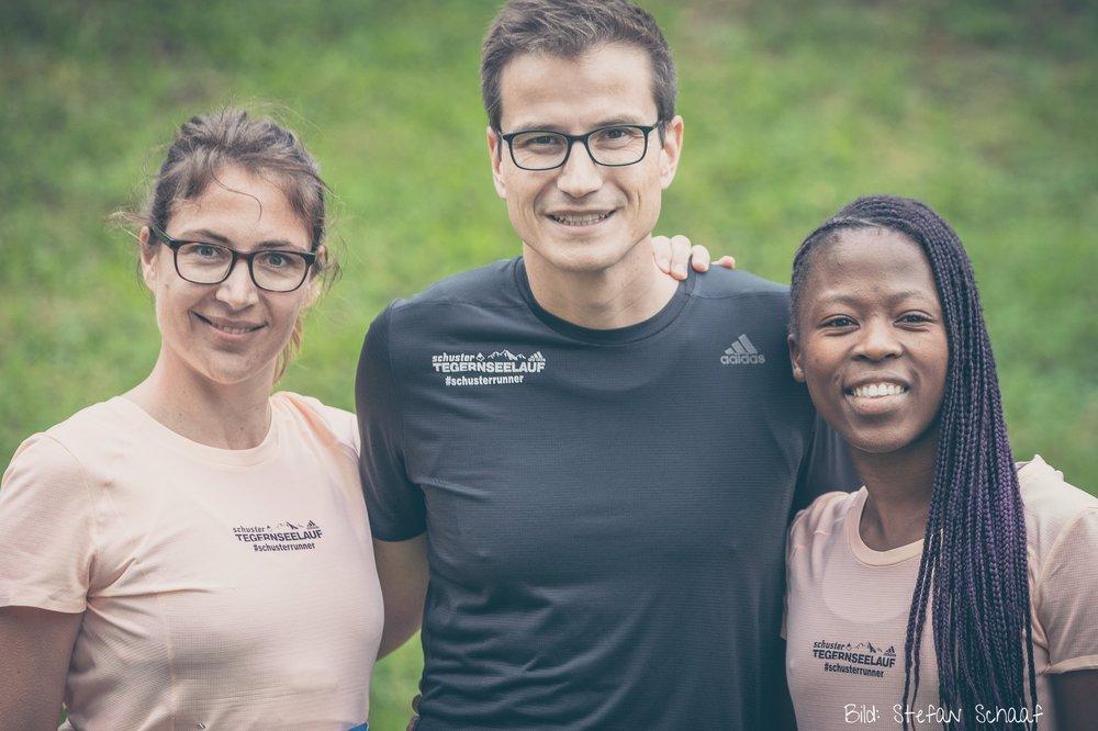Wir drei #schusterruner vor dem Lauf