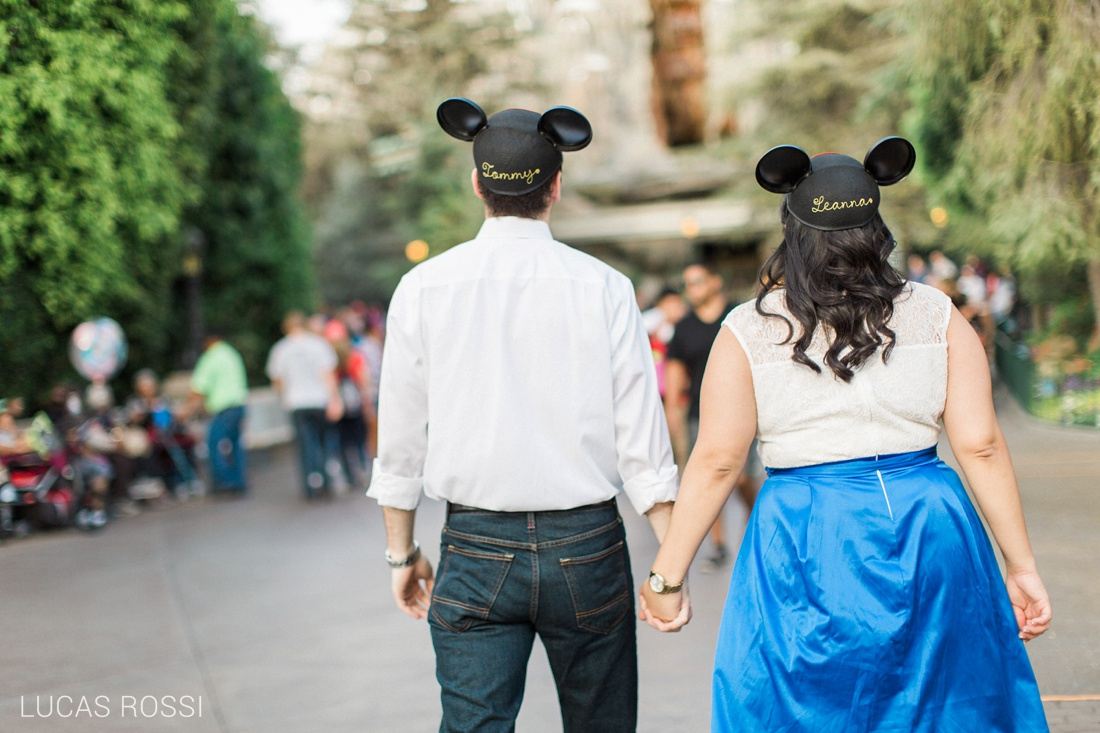 disneyland_engagement_photos_lucas_rossi-39