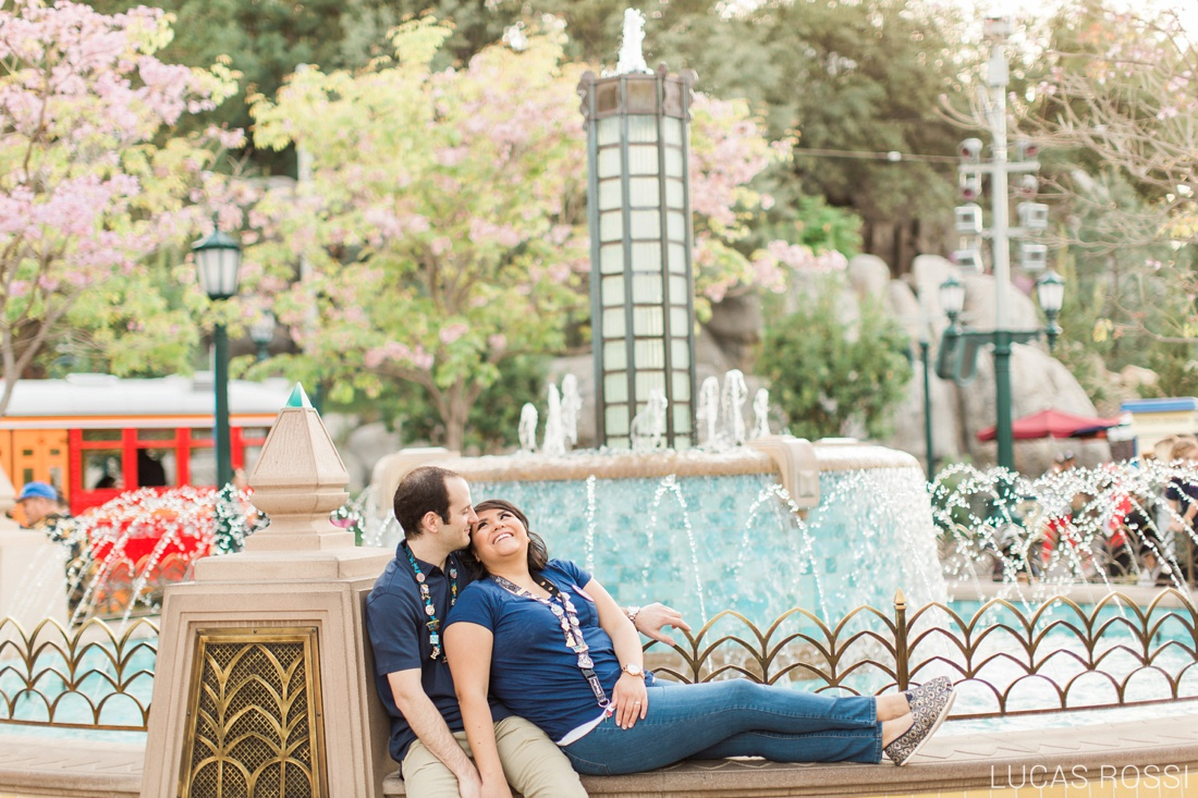 disneyland_engagement_photos_lucas_rossi-85