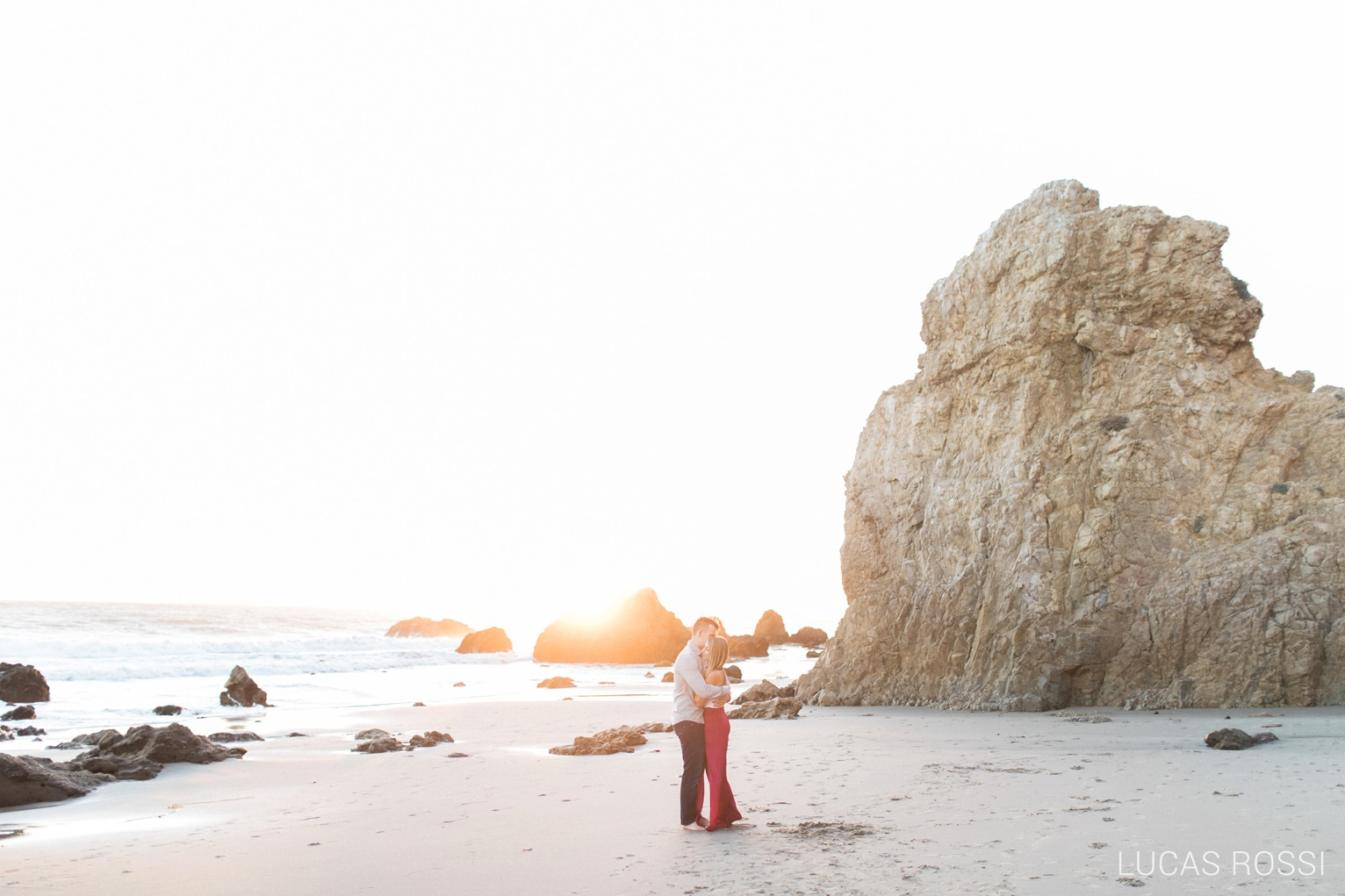 el-matador-beach-engagement-97