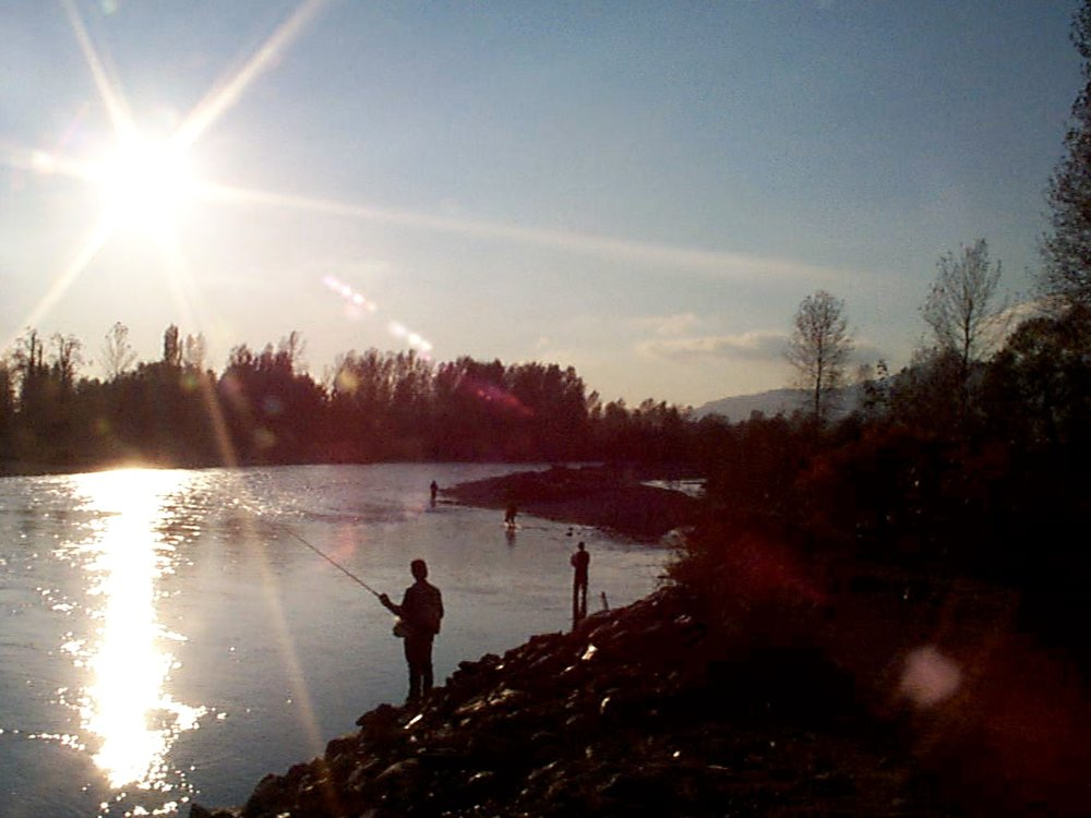 97Oct24+Vedder+River+Fishing+.jpeg