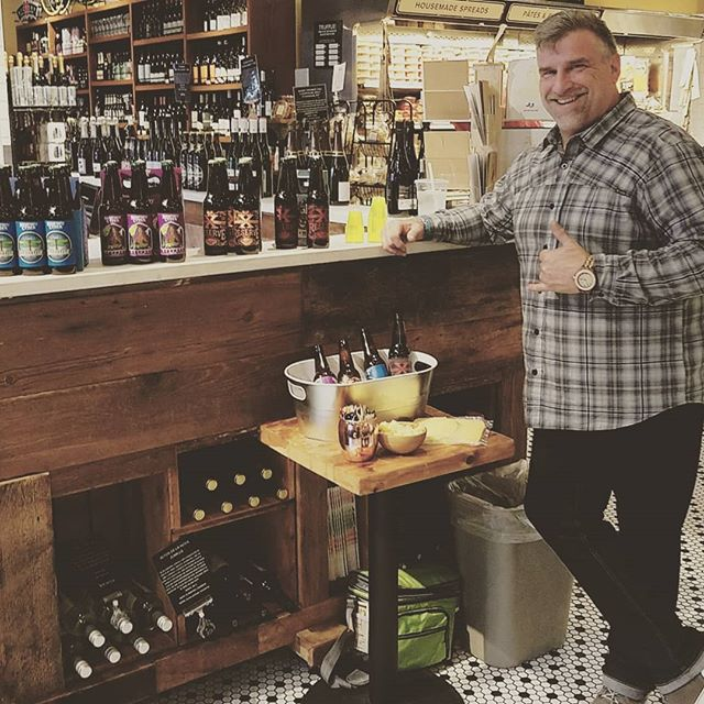 Our pal @fulmertime from @sauconybeer is sampling @dibrunobottleshop this afternoon! Swing through and try some #beerandcheese #bestfriends #localbeers #dibrunos