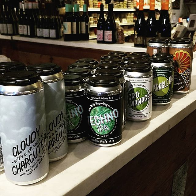 Stop by @dibrunobottleshop tonight for a @freewillbrewing sampling from 4-6p with our pal @alchyseltzer #beerandcheese #marchmadness #localbeers #freebeerthursday #dibrunos