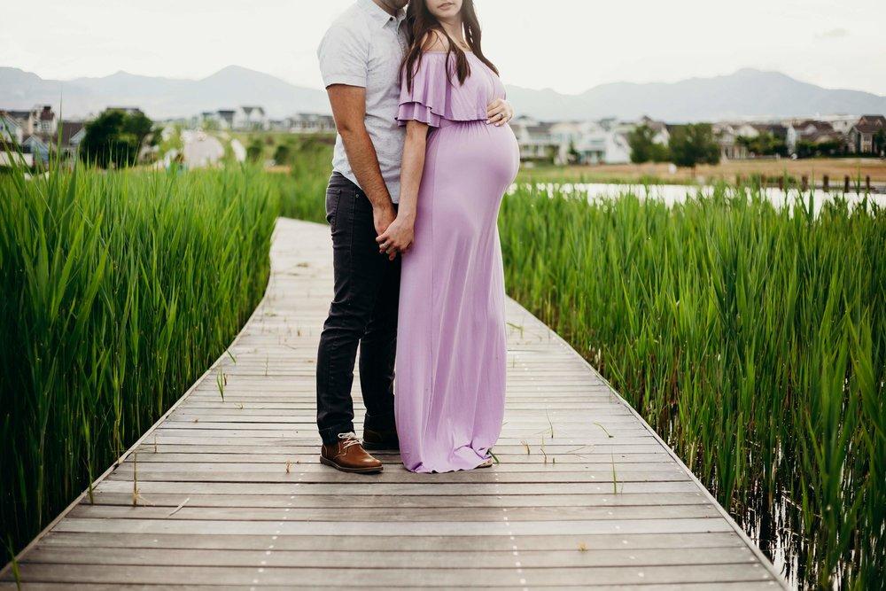 Caitlin  Maternity-0060.jpg