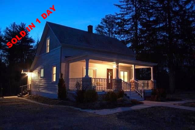 SOLD 6/26/16               Sold for $172,900 Seller Representation | Agent Owned Flipped  252 Burt Rd, Fort Edward NY 12828  3 bedrooms | 1.5 Baths | 1380 sq ft