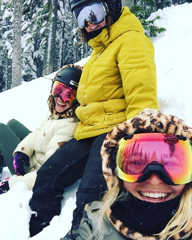 Too many giggles with Ma Main Squeezies!  #BABB #vail #happiness #snow #explore #girlzweekend #thankgoodness #myloves