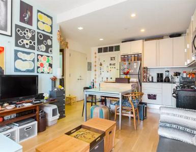 livingroomd.jpg