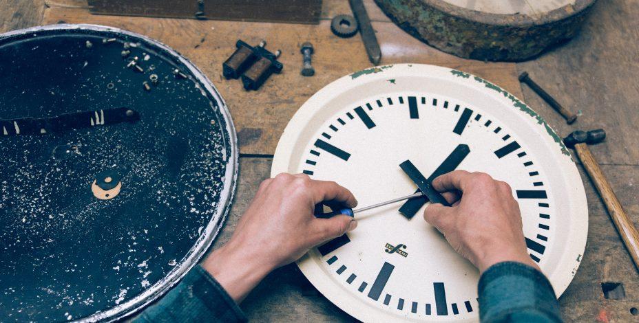 Restoring_clocks-928x470.jpg