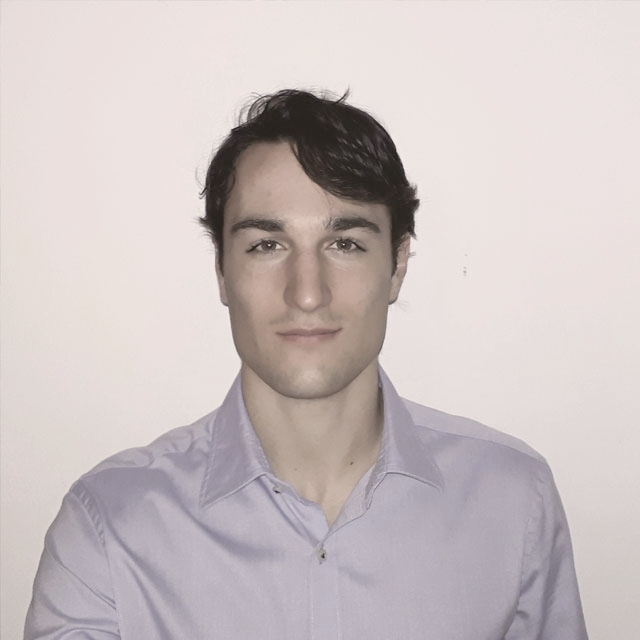 EDOARDO  Community Manager