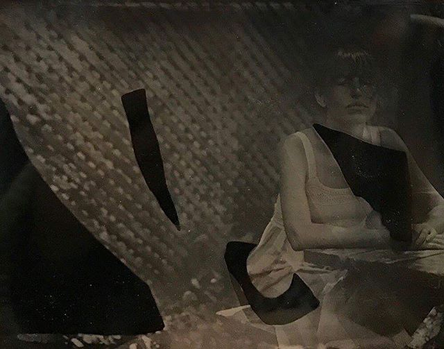 Originally from Sausalito CA, Farah Marie Velten is a New York City based artist who practices photography focusing on analogue and alternative printmaking processes. Welcome to our little community #selfportrait #tintype #humansnothotels