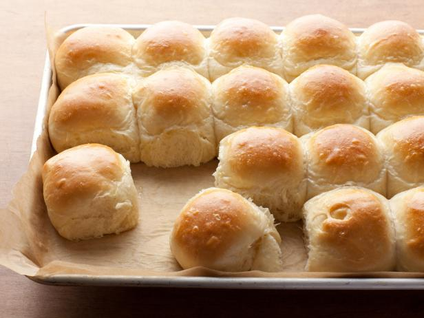 yeast rolls.jpg