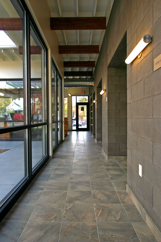 corridor 01.jpg