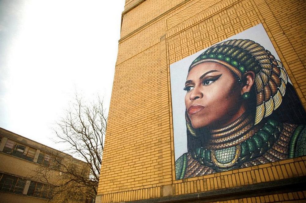 Obama mural Tribune photo.jpg