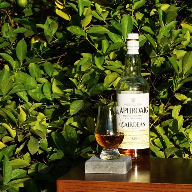 Laphroaig Cairdeas 2018  I wish there was more Fino cask finished scotch in my life. I also wish my bar had a back up bottle. This is by far my favorite Cairdeas bottling - very dry with a muted but turbulent peat, saline, and crisp.  #scotch #islay #finocaskfinish #cairdeas @laphroaig