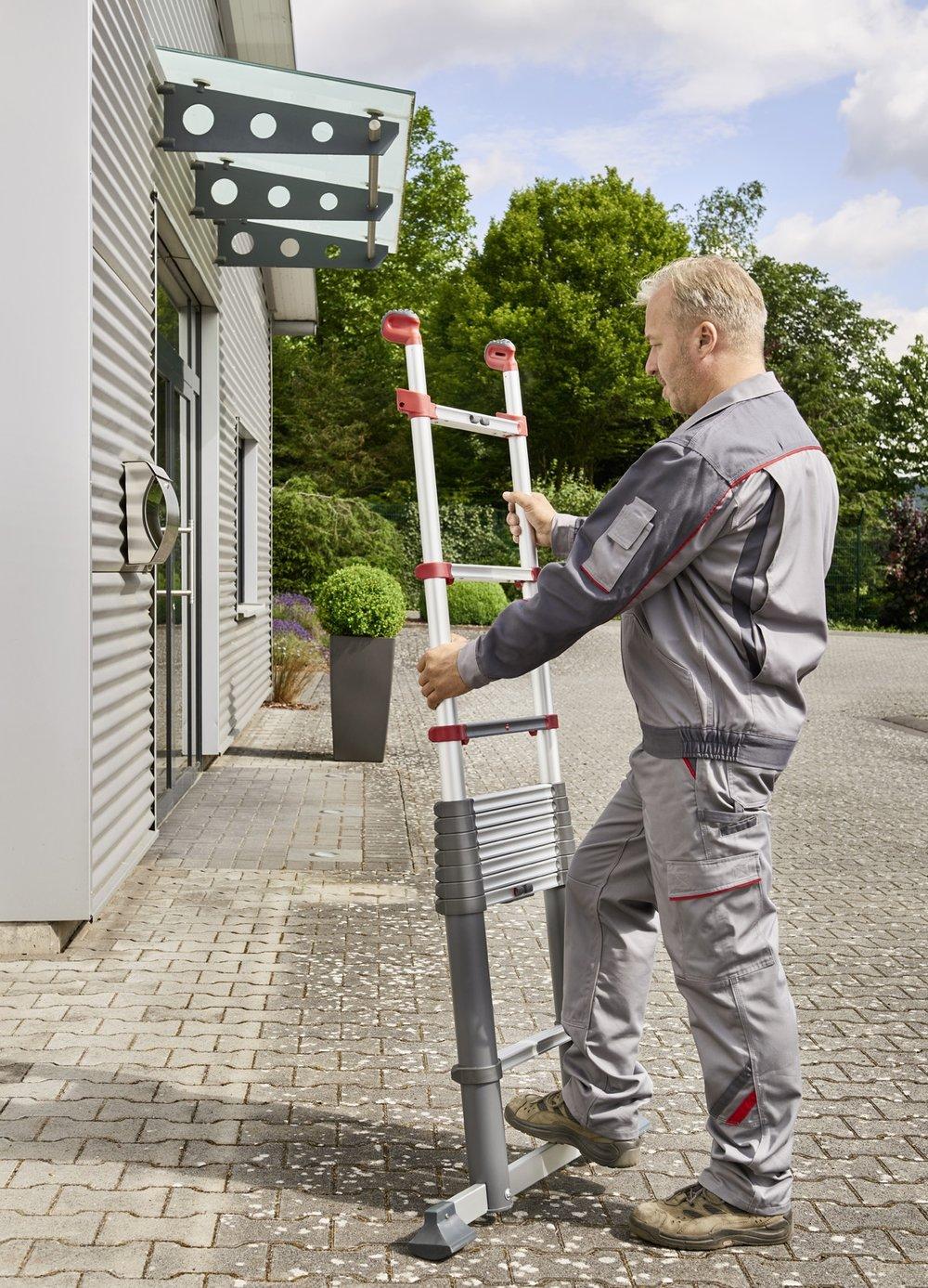 Bei Arbeiten in der Höhe gelten hohe Anforderungen an die Sicherheit.