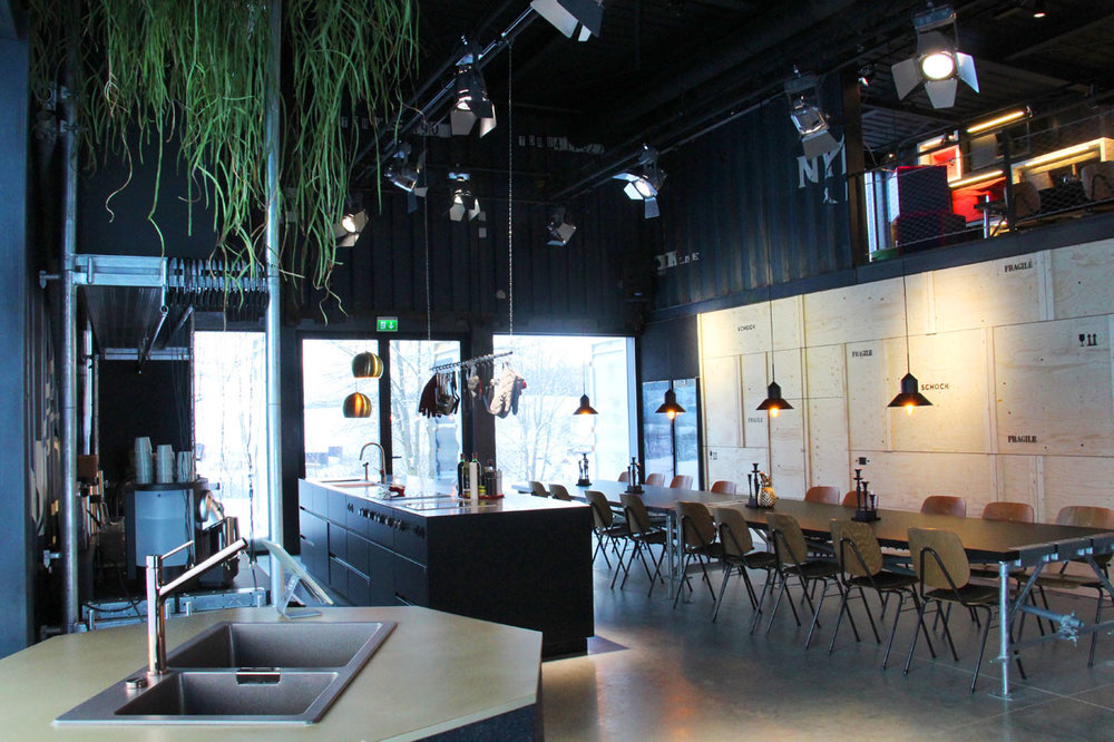 SCHOCK_Showroom_4.jpg