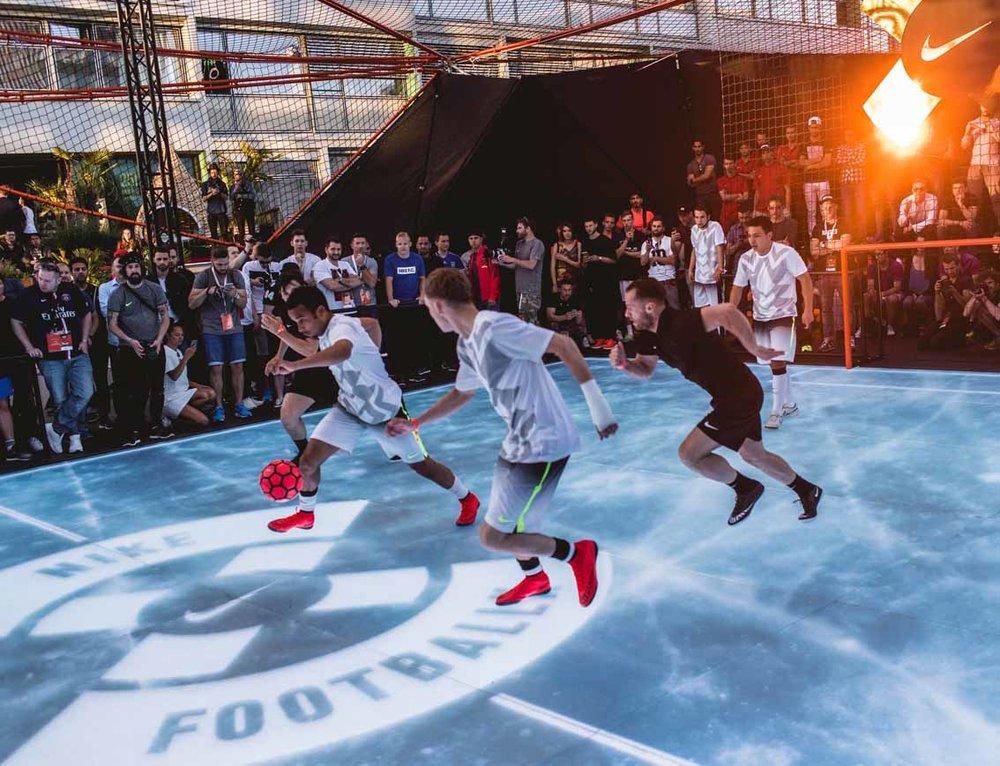 ASB LumiFlex beim Nike-Event auf dem Dach des BIKINI Berlin Centers