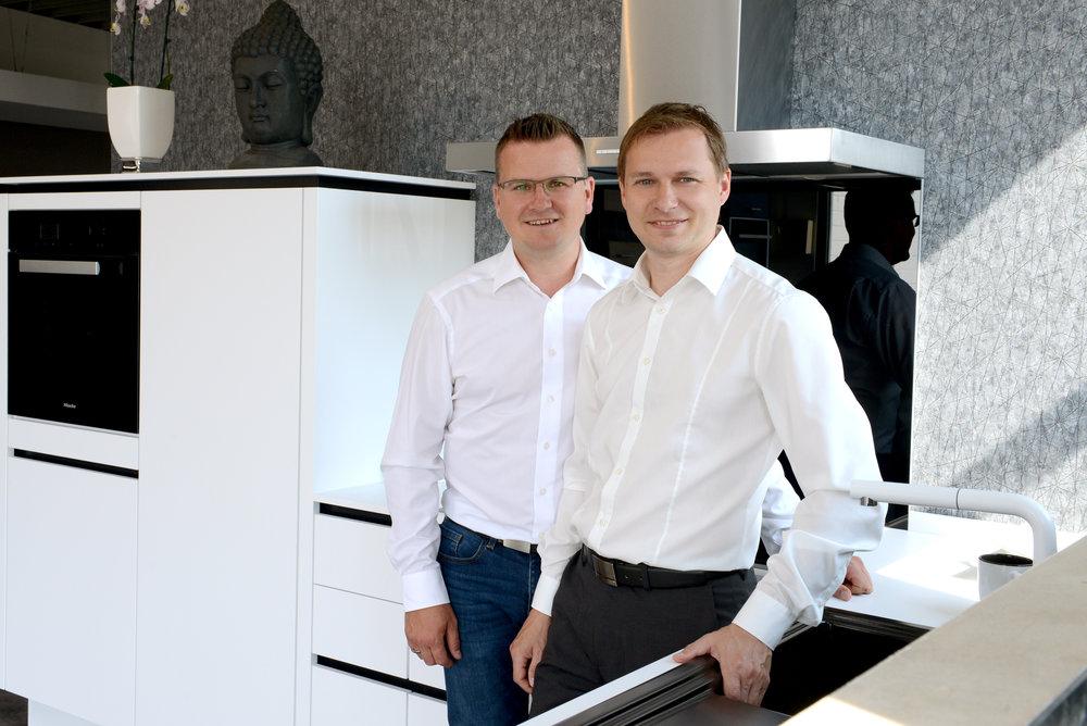 Neuer KüchenTreff in Erkelenz (v.l.n.r. Christian Grün und André Behren) ©KüchenGalerie Behren & Grün