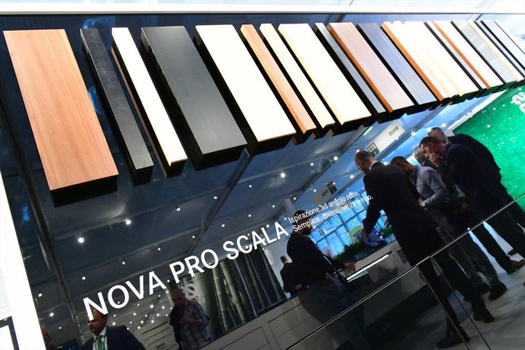 Nova Pro Scala, GRASS