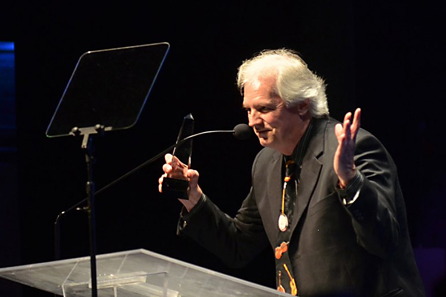 Munford Accepts IBMA Award - Photo by Milo Farineau, Bluegrass Today