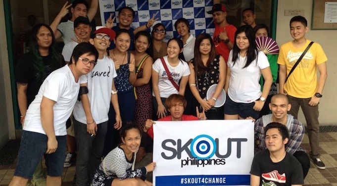 Skouters in Manila gather for a blood drive.