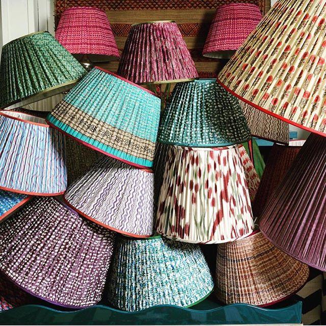 You can find me buying lampshades! #devilisinthedetails #finishingtouches #lampshadelove ⠀ 📷 via: @irvingandmorrison