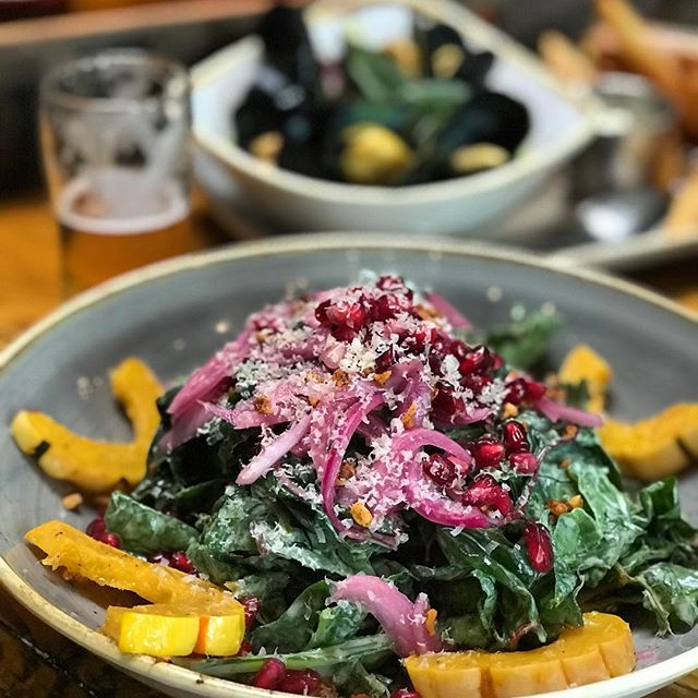 Perfect autumn salad at @pfriembeer in Hood River! Chard, squash, pickled onions, pomegranate and superior beers.
