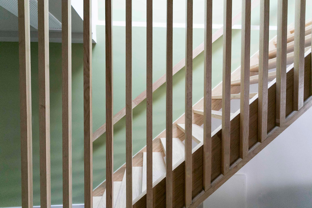 home-design-living-room-ideas-modern-staircase-mid-century-green-walls.jpg