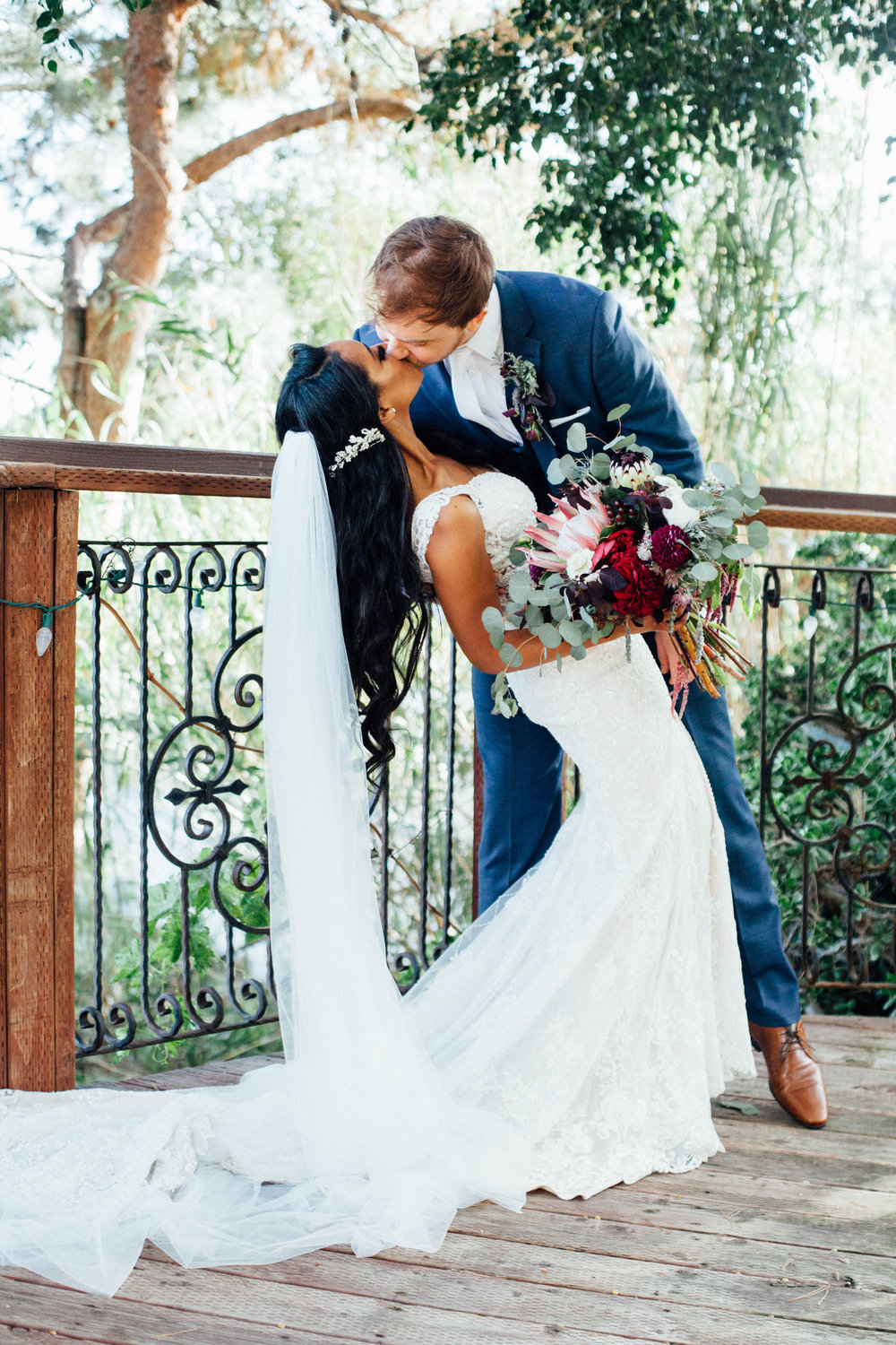 loveweddingphoto.com_2019.jpg