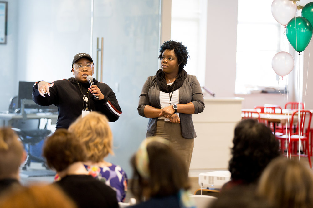 AK Brown and Diamond Hudson from Just Bloggers:No Explanation presenting at The Blog Connect 2018. || Photo by  Tim Becker Photography