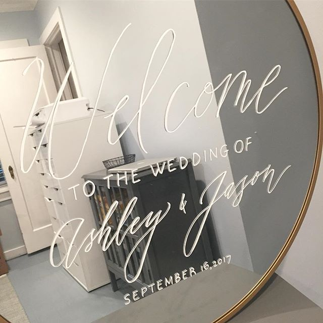 So it's really hard to take photos of mirrors, but I did my best with this welcome sign!