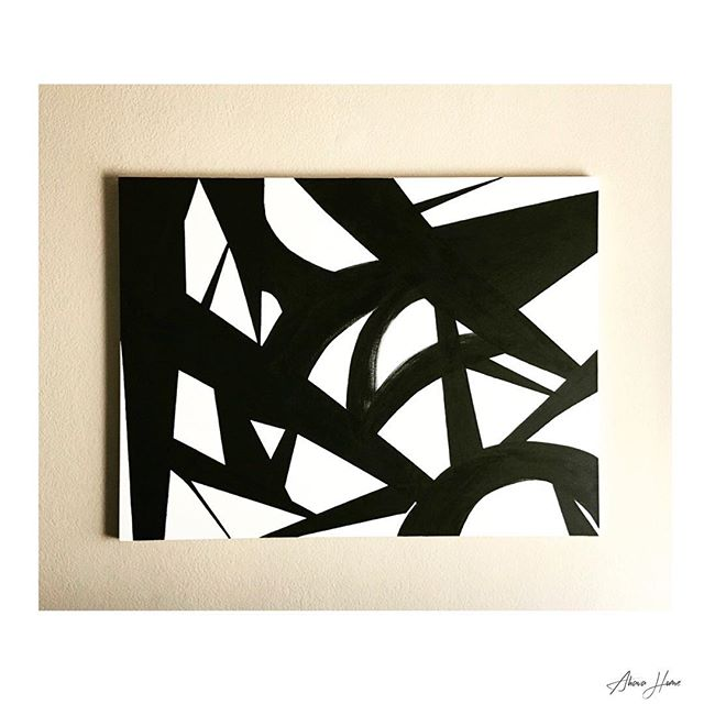 B L A C K &  W H I T E  A minimalist approach  Let @ahavahome customize and tailor your artwork.  Whether #minimalist or full of color and metal, Ahava can bring it to life. Now taking orders for commissioned art pieces for 2018.  Send your inquiries to: Info@ahavahome  #art #art🎨 #artist #artwork #artistsoninstagram #artistsofinstagram #blackandwhite #canvas #fineart #decor #design #designer #etsy #etsyshop #handmade #handcrafted #handpainted #instaart #instaartist #dallasartist #dallas #minimalism #nordstromhome #painting #paint #shop #home #homedecor #wallart