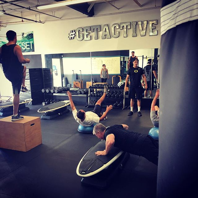FREE Shred class this Saturday @ 8am! Wake up and get your #SHRED on @ GetActive!  Lengthen. Strengthen. Recovery.  #fatburningworkout #groupclasses #bootcampworkout #strengthtraining #stretching #coreworkout #surfset #circuittraining #fatloss #newportbeach #ocfitness
