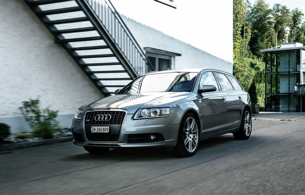 mein alter Audi vor dem Studio
