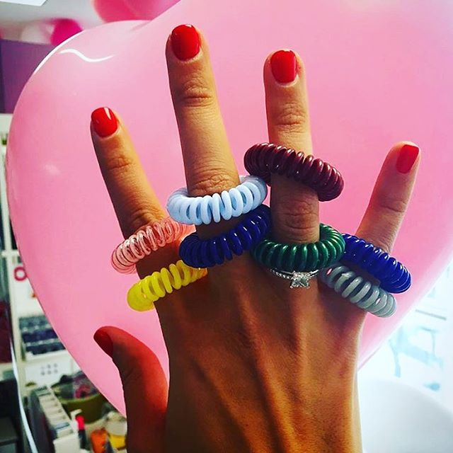 Colour picking  #hair #hairbobble #hairtie #hairstyle #style #fashion #colors #pantone #beauty #hairblogger #bblogger #glossybox