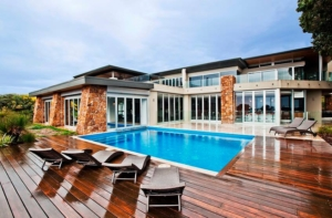 Private Properties - Beautiful and secluded properties ensuring your stay in the region is the absolute ultimate. Experiencesmith select accommodation, based on group requirements, at some of the most amazing properties in the region from Margaret River, to Yallingup and Eagle Bay.