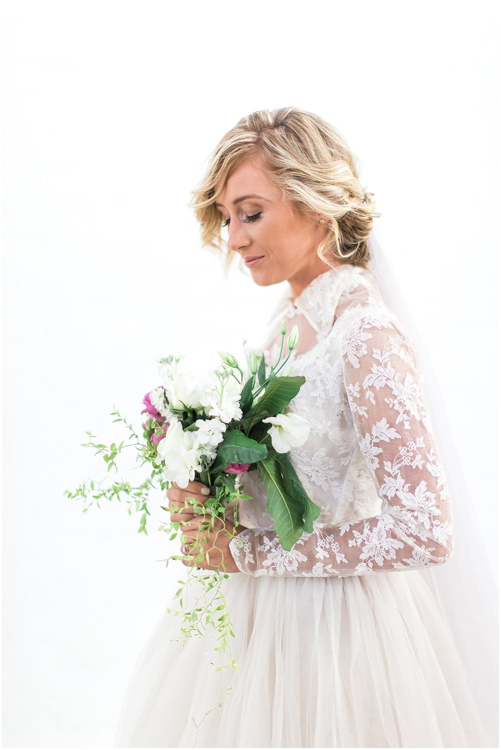 AliciaLandman_JoleneandZander_Wedding_The Pretty Blog_0424.jpg