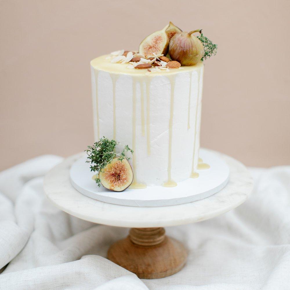 Louise Artistry - Cake Branding EDITORIAL(coming soon)